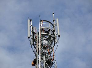 携帯電話無線基地局設備